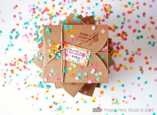 Caja para invitaciones con confeti