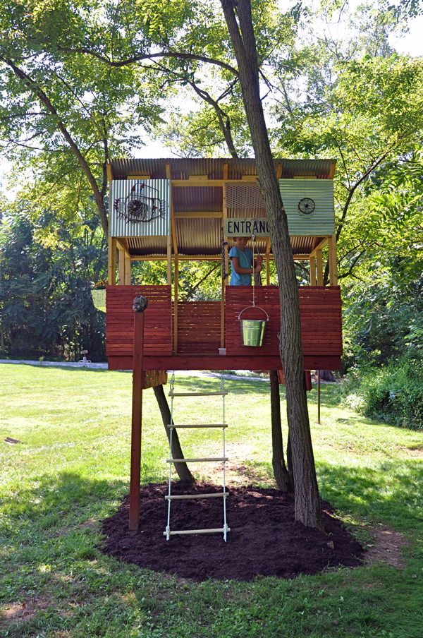 Casita en un árbol, de kid baltimore