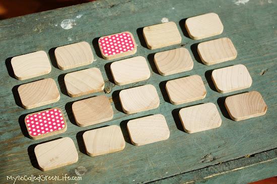 Juego memory hecho con madera