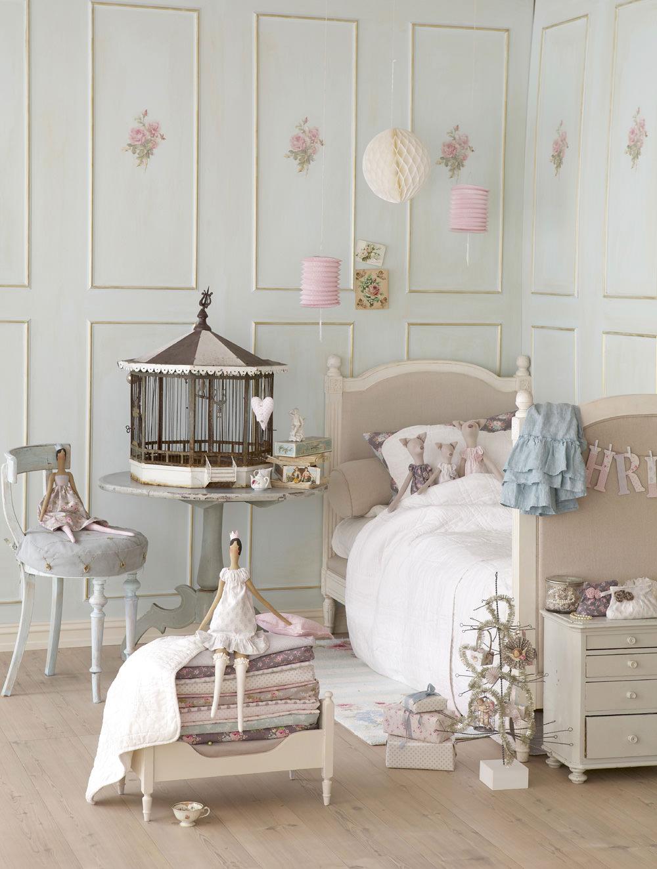 Muñecas Tilda de cuento, la princesa del guisante. Dormitorio infantil